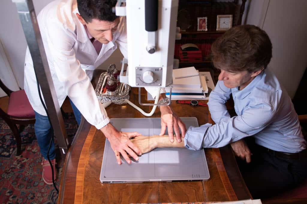 Radiografia della mano a domicilio